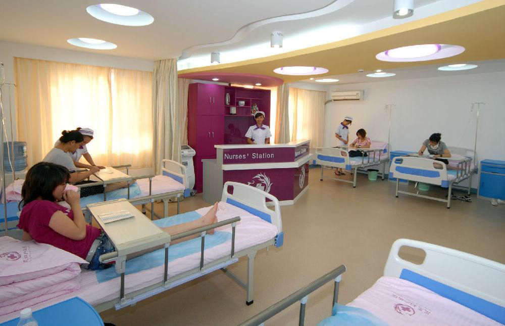 成都医院诊所装修哪家好 妇产医院住院部如何装修设计高清图片