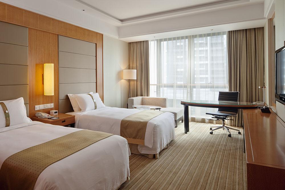 凤凰国际酒店 (9).JPG