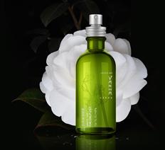 化妆品 / 包装设计 / VAKNA / 白茶系列
